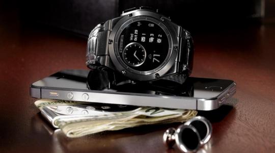 hp-smartwatch-desain-keren-mirip-jam-merek-tagheuer-LsM7B6hfqK