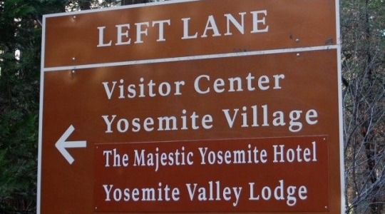 Yosemite-sign-National-Park-Service-via-AP-640x481