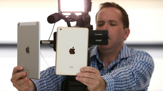 apple-unveils-new-ipad-models